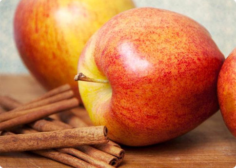 Apple Cinnamon Water Benefits
