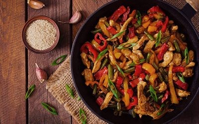 15 Minute Healthy Thai Chicken Stir-Fry Recipe